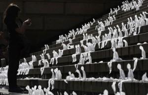 esculturas de gelo de nele azevedo  esculturas de gelo de nele azevedo esculturas de gelo de nele azevedo e1349862842104 300x193