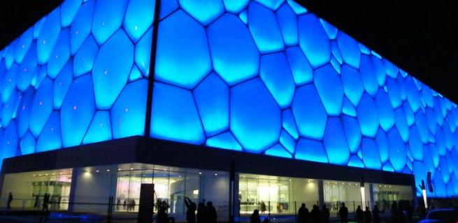 """""""Water Cube"""" de Beijing ganha nova iluminação na comemoração do seu 5º aniversário  """"Water Cube"""" de Beijing ganha nova iluminação na comemoração do seu 5º aniversário capa2 655x320"""