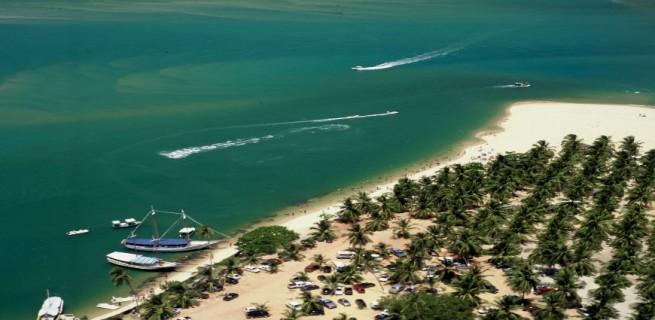 """""""Praia do gunga, uma das 10 melhores praias do Brasil."""""""