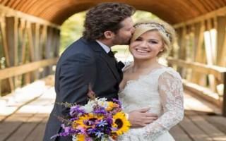 """""""Casamento Kelly Clarkson""""  Lifestyle: 10 casamentos que marcaram 2013 kelly clarksoncasamento 320x200"""