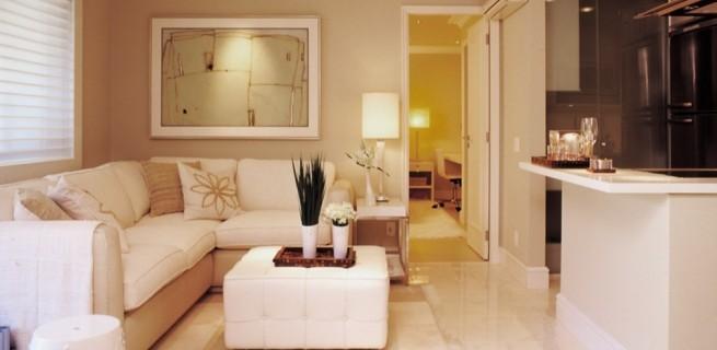"""""""Sala de estar pequena, como decorar""""  Decoração: Como decorar uma sala pequena sala de estar de flat no bairro do itaim em sao paulo reformado e decorado por oscar mikail 1294938798612 956x5001 655x320"""