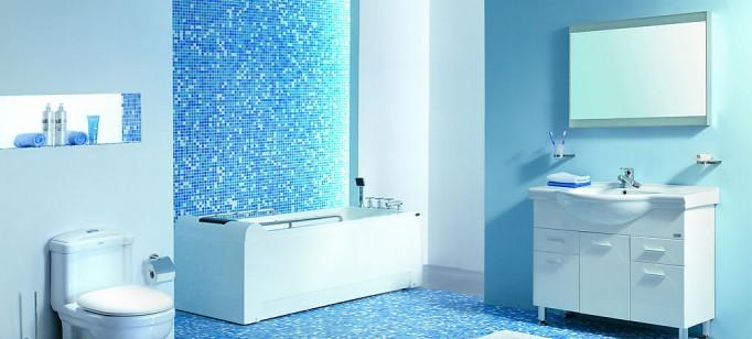 """""""Banheiro em azul""""  Decoração: Os mais bonitos banheiros em azul Pastilhas de Vidro Banheiro 682x308"""