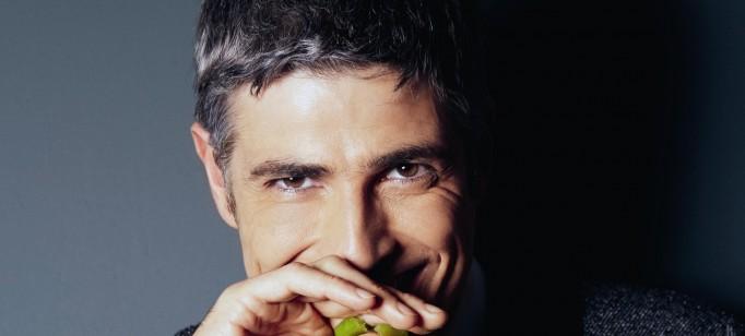 10 homens mais bonitos do Brasil  10 homens mais bonitos do Brasil reynaldo gianecchini em ensaio para a lifestyle magazine 1381172623126 1920x1080 682x308